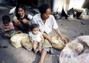 44-kemiskinan1
